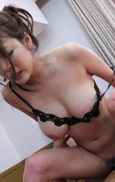 Akari Asagiri Asian has asshole and cunt figered till squirts