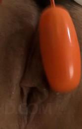 Fカップ爆乳優美あいちゃんのド迫力オナニー。指マン・ローターで喘ぎまくり。電マオナニーでイクイクと昇天!