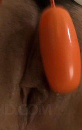 ムチムチFカップ爆乳優美あいちゃんのド迫力オナニー。指マン・ローターで喘ぎまくり。電マオナニーでイクイクと昇天!