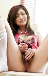 Eカップ美巨乳矢沢るいちゃんが、M字開脚でバイブオナニー。卑猥なおマンコにズコズコピストンで、イキまくる!