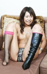 美形スレンダー青山亜里沙ちゃんが、見せ付けオナニー。パンティを剥ぎ取りデカバイブをズコズコピストンでイキまくり!