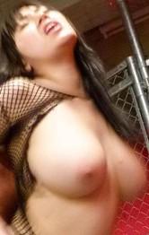 ブルンブルン爆乳Iカップ長澤あずさちゃんが、セクシーな網ランジェリーで登場。立ちバック&背面騎乗位でイキまくり!